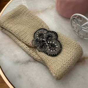Knit Cream Beaded Jewel Headband